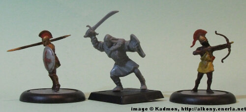 Mordor Orc #5 for the Lord of the Rings from Games Workshop - 1:72 (25mm) comparison with Zvezda Greek Hoplite (left) and Zvezda Greek archer (right).