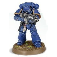 Futuristic warrior in full armour in 1/64 scale (Primaris Space Marine Intercessor #1 in Mk10 Tacticus armour, with Mk2 Cawl Pattern bolt rifle for Warhammer 40.000 Ed8) from Games Workshop, 2017