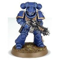 Futuristic warrior in full armour in 1/64 scale (Primaris Space Marine Intercessor #6 in Mk10 Tacticus armour, with Mk2 Cawl Pattern bolt rifle for Warhammer 40.000 Ed8) from Games Workshop, 2017
