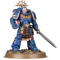 Futuristic warrior in full armour in 1/64 scale - Primaris Space Marine Lieutenant Amulius in Mk10 Tacticus armour, with power sword, wearing bolt pistol for Warhammer 40.000 Ed8 from Games Workshop, 2020 - Miniature figure review
