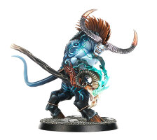 Humanoid bovine magic-user in 1/56 scale (Ogroid Thaumaturge for Warhammer: Age of Sigmar) from Games Workshop - Miniature figure review