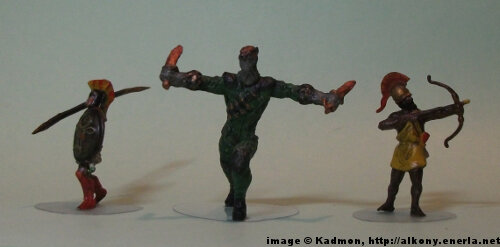 Court of Owls: William Cobb for the Batman Miniatures Game from Knight Models - 1:72 (25mm) comparison with Zvezda Greek Hoplite (left) and Zvezda Greek archer (right).