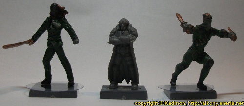 Size comparison of Blaine Sponsor with 1:50 (35mm) scale miniatures: From left to right: Benjamin Orchard from Knight Models, Blaine Sponsor from Mantic Games, William Cobb from Knight Models.