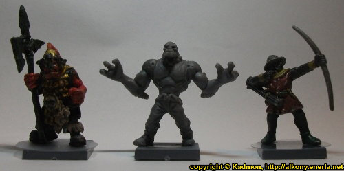 Size comparison of Long Rock Lifers Grogan Guard build #1 with 1:56 (28mm / 32mm) miniatures: From left to right: Orc with Spear #2 from Renegade Miniatures, Long Rock Lifers Grogan Guard build #1 from Mantic Games, Bretonnian Bowman #1 from Games Workshop.