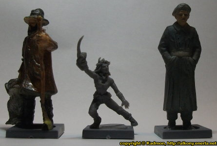 Size comparison of Long Rock Lifers Striker #2 with 1:35 miniatures: From left to right: 40mm high shepherd, Long Rock Lifers Striker #2 from Mantic Games, 54mm high soldier.