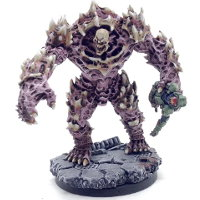 Huge brute with carapace armour, with carcass in hand in 1/56 scale (Plague Gen 1 Mutant #2 for Warpath) from Mantic Games - Miniature figure review