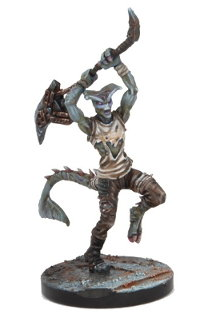 Humanoid with poleaxe in 1/56 scale (Plague Aqissiaq for Warpath) from Mantic Games - Miniature figure review