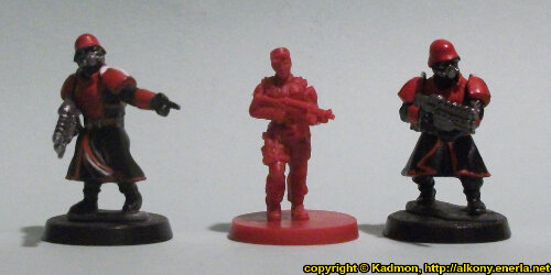 Size comparison of the Security Guard #3 miniature figure from Mantic Games with 1:56 (28mm / 32mm) scale Shock Troopers from Wargames Factory