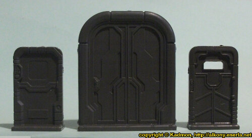 Size comparison of the doors from the Star Saga: The Eiras Contract Core Set from Mantic Games.