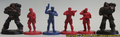 Size comparison of the Star Saga: The Eiras Contract Core Set Plague Victim miniature figures from Mantic Games with with 1:64 (28mm/32mm) scale Primaris Space Marines from Games Workshop. From left to right: Primaris Space Marine Hellblaster Sergeant #1, Security Guard #3, Guard Commander Graves, Security Guard #2, Security Guard #1, Primaris Space Marine Hellblaster #2.