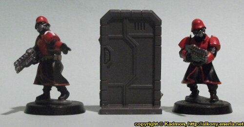 Size comparison of the Single Door #1 miniature scenery from Mantic Games with 1:56 (28mm / 32mm) scale Shock Troopers from Wargames Factory