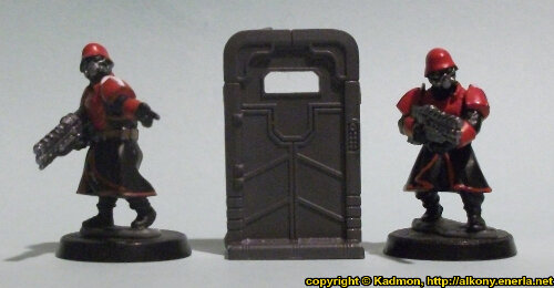 Size comparison of the Single Door #2 miniature scenery from Mantic Games with 1:56 (28mm / 32mm) scale Shock Troopers from Wargames Factory