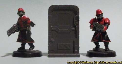 Size comparison of the Single Door #3 miniature scenery from Mantic Games with 1:56 (28mm / 32mm) scale Shock Troopers from Wargames Factory
