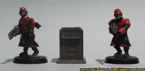 Size comparison of the Small Cabinet #1 miniature scenery from Mantic Games with 1:56 (28mm / 32mm) scale Shock Troopers from Wargames Factory