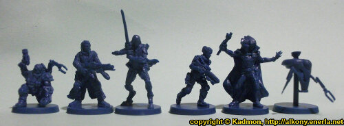 Size comparison of the Star Saga: The Eiras Contract Core Set heroes from Mantic Games. From left to right:Ogan Helkkare, Francesco 'The Devil' Silvaggio, Wrath #2, Captain Erika Dulinsky, Alyse, Combat Utility Robot B07153 'Curby'.