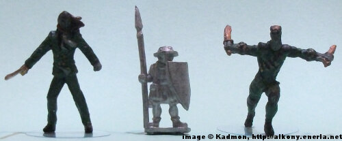Spearman from Menhir Games - 1:50 (35/38mm) comparison with Knight Models' Benjamin Orchard (left) and William Cobb (right)