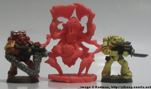 Cthulhu Wars Fungi from Yuggoth from Petersen Games - 1:64 (28/32mm) comparison with Games Workshop Warhammer 40K Adeptus Astartes miniatures.