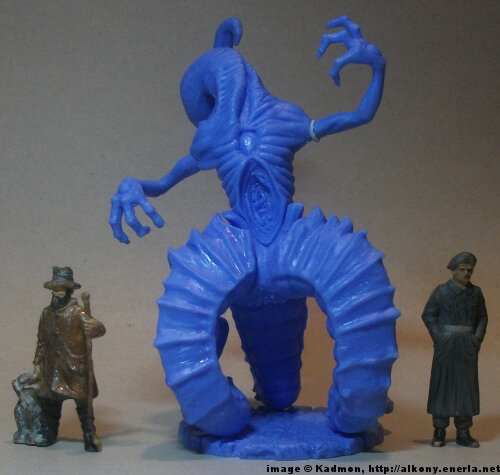Cthulhu Wars Nyarlathotep from Petersen Games - 1:35 (54mm) comparison with 40mm high shepherd and 54mm high soldi