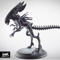 Humanoid alien carnivore (Alien Queen for Alien vs Predator: The Hunt Begins) from Prodos Games - Miniature creature