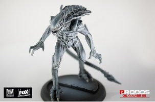 Alien Royal Guard set (for Alien vs Predator: The Hunt Begins) from Prodos Games - Miniature set