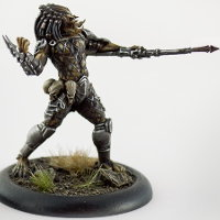 Humanoid alien warrior with wrist blade and spear (Predator #3 for Alien vs Predator: The Hunt Begins) from Prodos Games - Miniature figure review