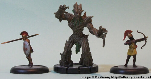Oak Mage #047 for the Mage Knight from WizKids - 1:72 (25mm) comparison with Zvezda Greek Hoplite (left) and Zvezda Greek archer (right).